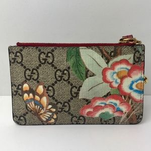 4352131c6fc5 Gucci Accessories   Authentic Tian Gg Supreme Key Case   Poshmark